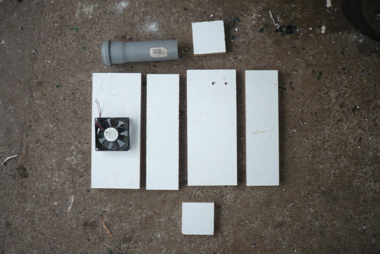 w rmesenke elektrik fische unter dem gem se aquaponik. Black Bedroom Furniture Sets. Home Design Ideas